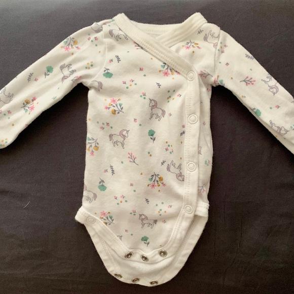 NWT BABY BOY OR GIRL 4 LONG SLEEVE BODYSUITS SIZE PREEMIE